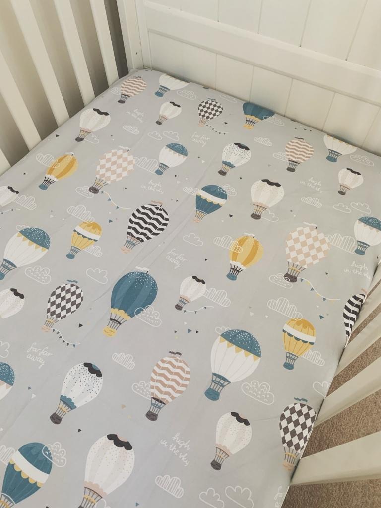 Hot air balloon cot sheet